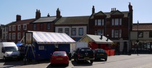 tringle-chip-shop-lowestoft-made-money-from-thumb-wrestling